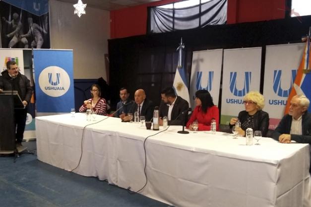 El Programa está destinado principalmente a las y los jóvenes de Ushuaia que tengan entre 18 a 28 años, sin empleo.