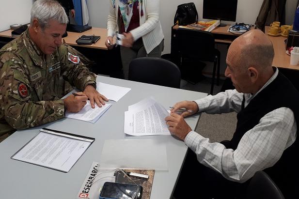 La UNTDF firmó un acuerdo con la Armada para establecer su propio espacio en el BIM5