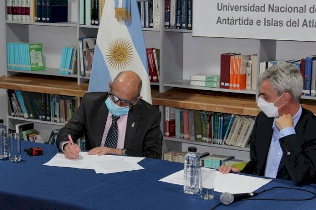 La UNTDF firmó un Convenio con el Ministerio de Transporte de la Nación