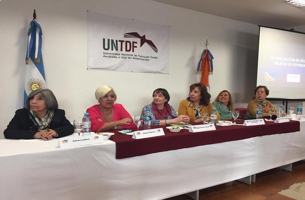 """Panel II sobre """"La Educación en Río Grande. Relatos de experiencias"""""""