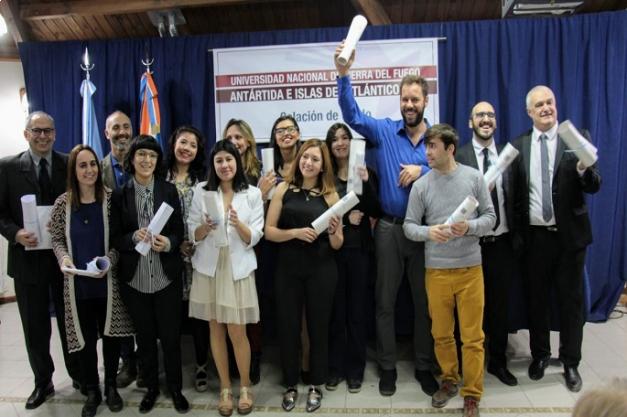Se realizó la Colación de Grado de los primeros egresados de la UNTDF