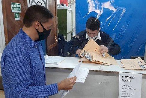 La Junta Electoral UNTDF retiró los primeros votos emitidos por correo postal